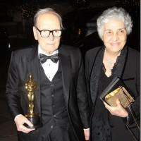 Morricone e la statuetta degli 88esimi Academy Awards