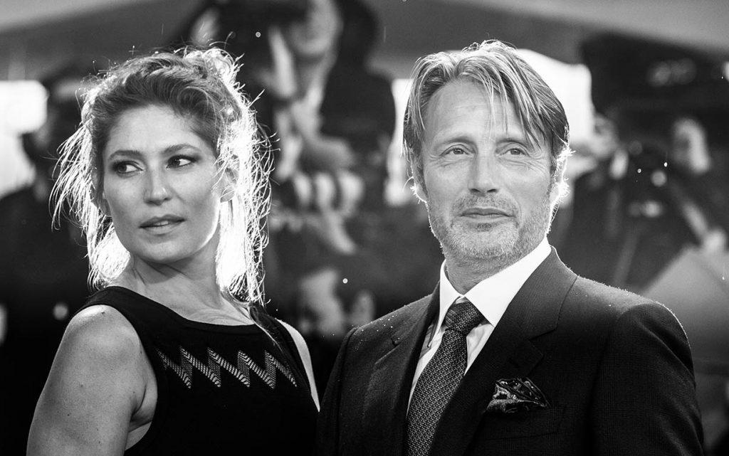 Mads Mikkelsen e sua moglie